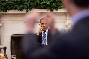 Obama che ascolta2