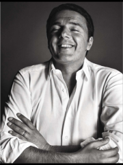 Renzi che ride su Vanity Fair